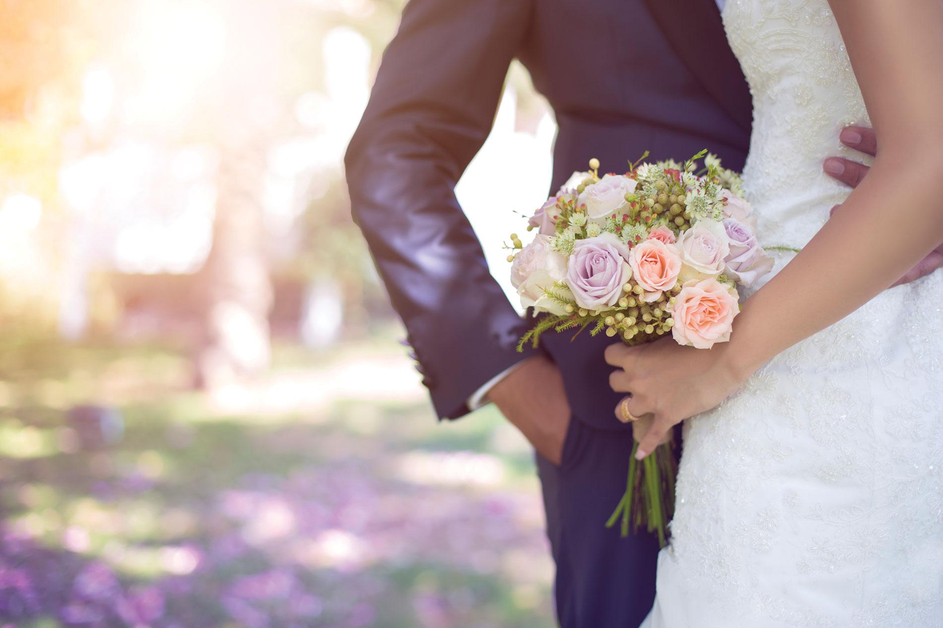 "4 Romantic Sites to Say ""I Do"""