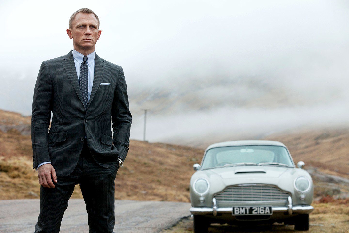 How the Producers Behind James Bond Convinced Daniel Craig to do One More Bond