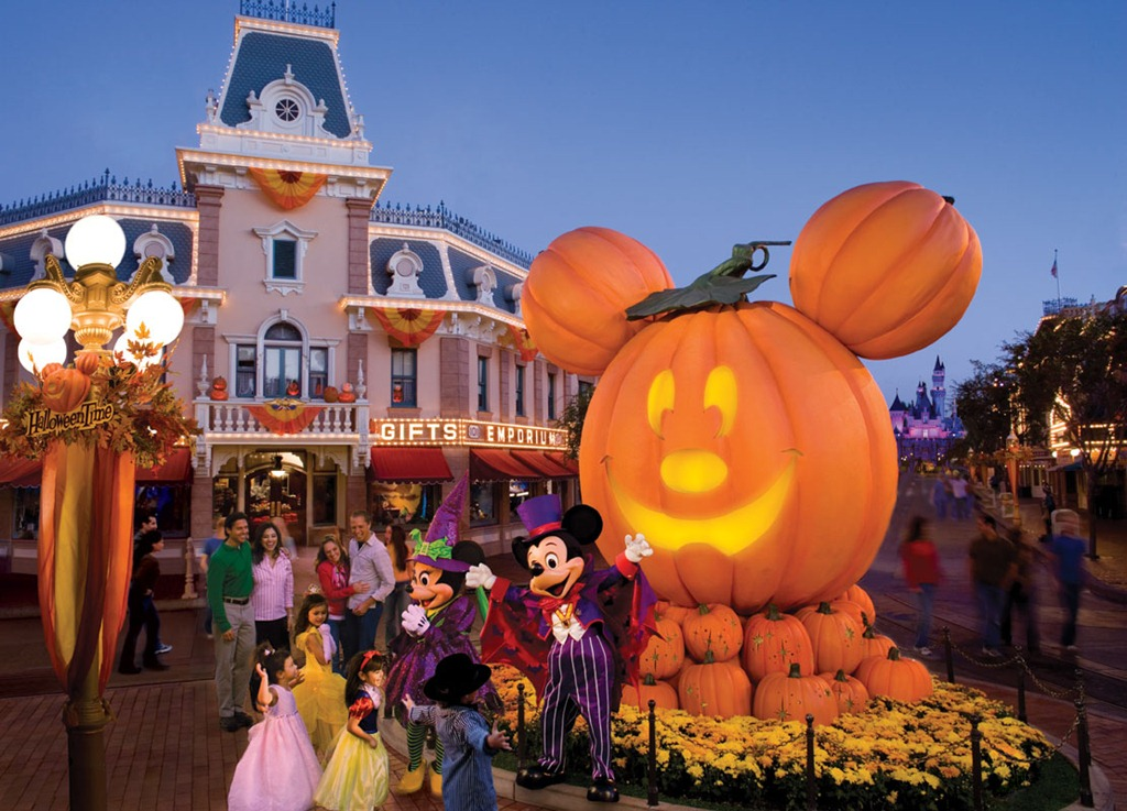 The Ghosts of October's Past in Orlando