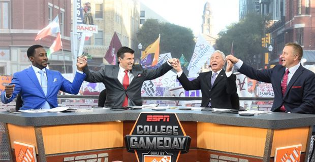 Comin' to your city: College GameDay chooses UCF as host site