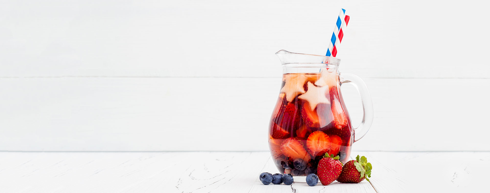 2 Refreshing Drinks for Your Memorial Day Party